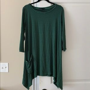 Striped Cut Loose tunic dress with pockets